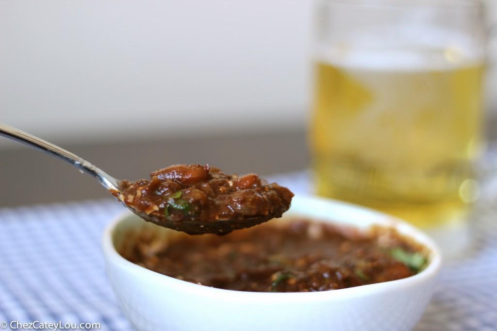 Vegetarian Chili | chezcateylou.com