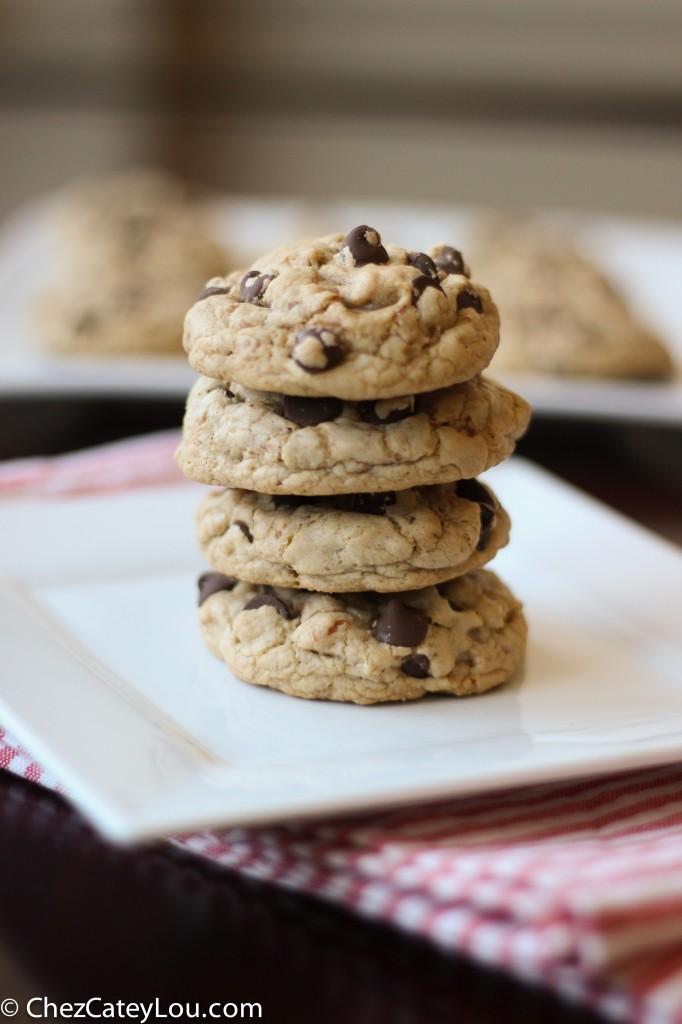 Pretzel Chocolate Chip Cookies   chezcateylou.com