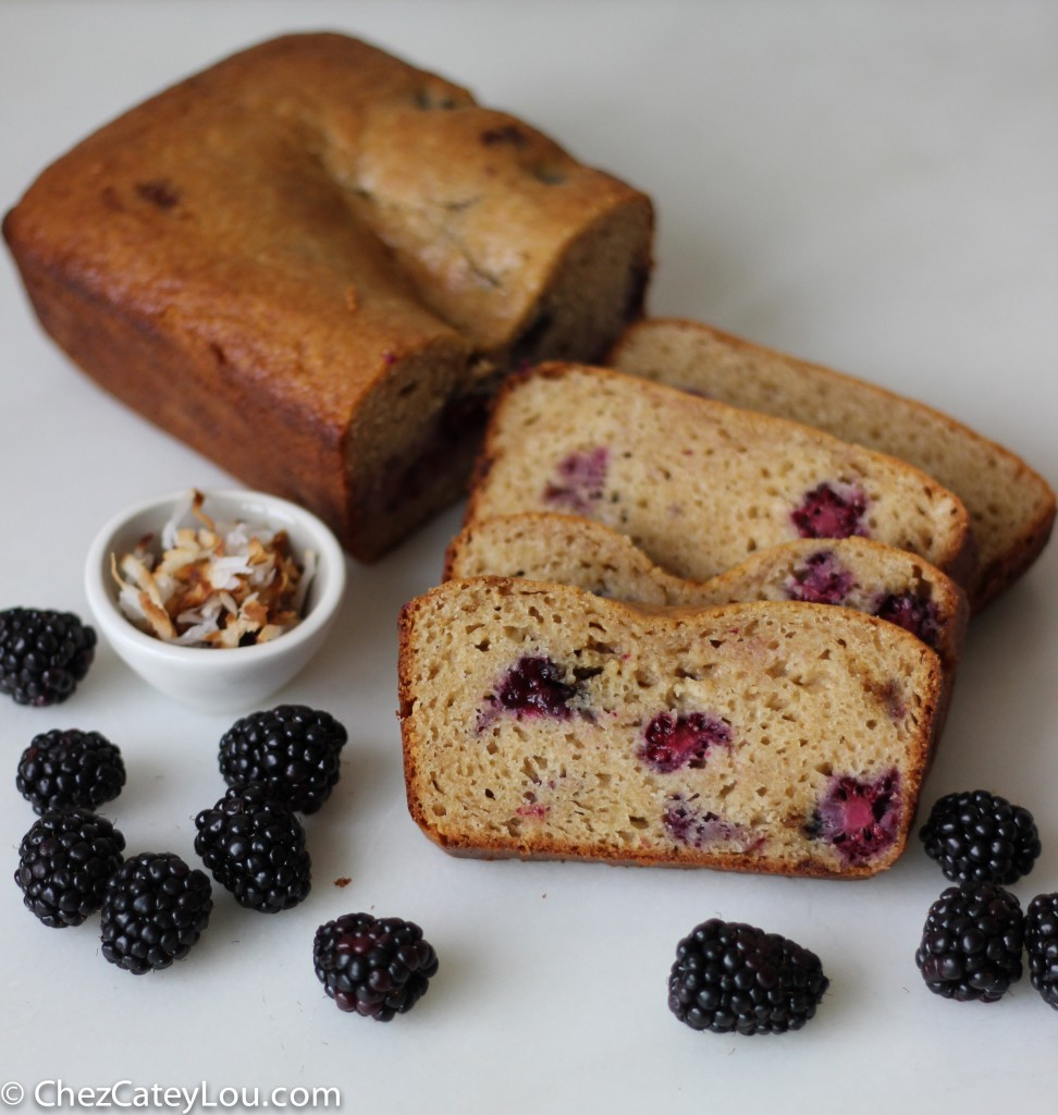 Blackberry Coconut Yogurt Bread | chezcateylou.com