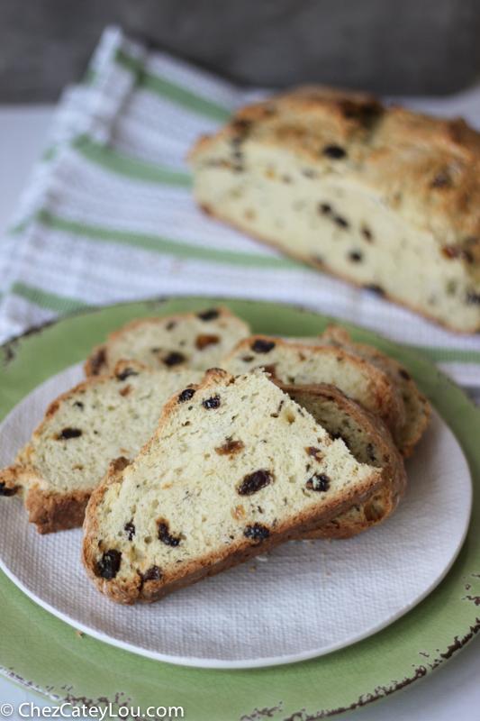 Irish Soda Bread   chezcateylou.com