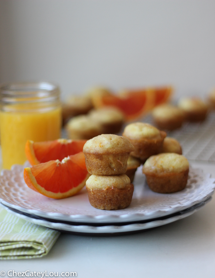 Cara Cara Orange Mini Muffins | chezcateylou.com