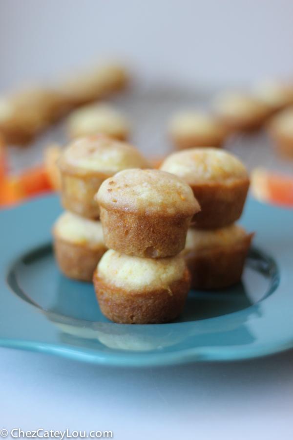 Cara Cara Orange Mini Muffins | chezcateylou.com