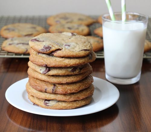 Chocolate Chip Cookies made with Cream Cheese | chezcateylou.com