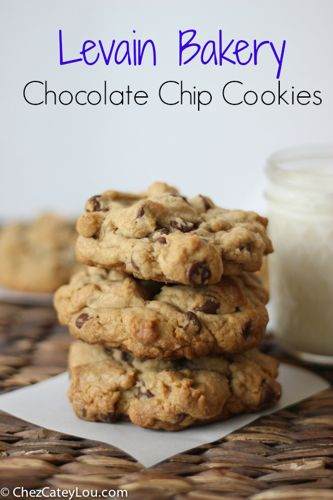 Pumpkin Chocolate Chip Cookies {& a Giveaway!} - Chez CateyLou