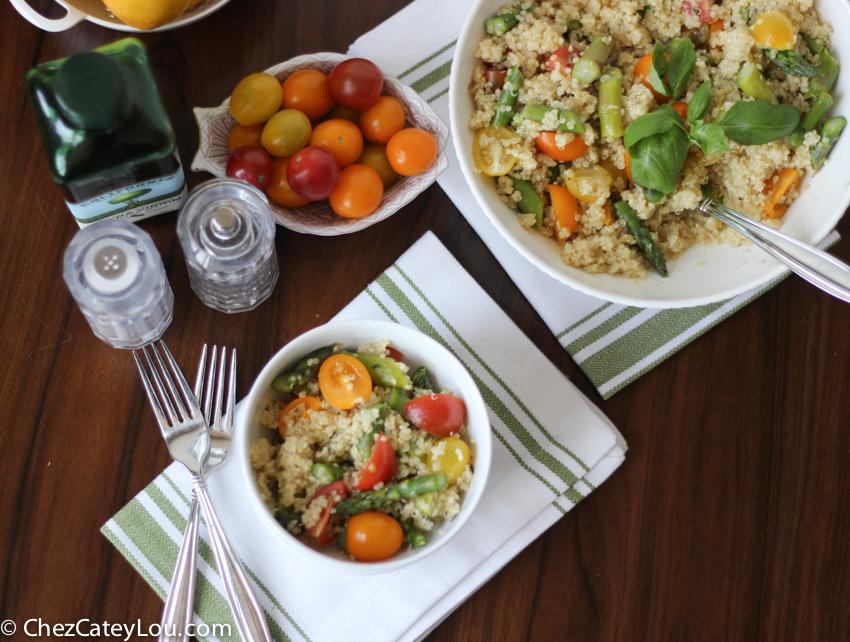 Quinoa Salad with Asparagus and Tomato   chezcateylou.com
