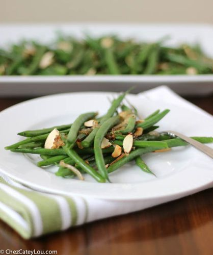 Haricots Verts with Toasted Almonds and Caramelized Shallots   chezcateylou.com