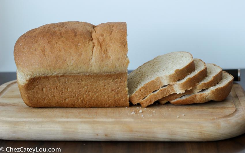 Honey Oatmeal Bread | chezcateylou.com
