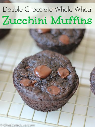 Whole Wheat Double Chocolate Zucchini Muffins | chezcateylou.com