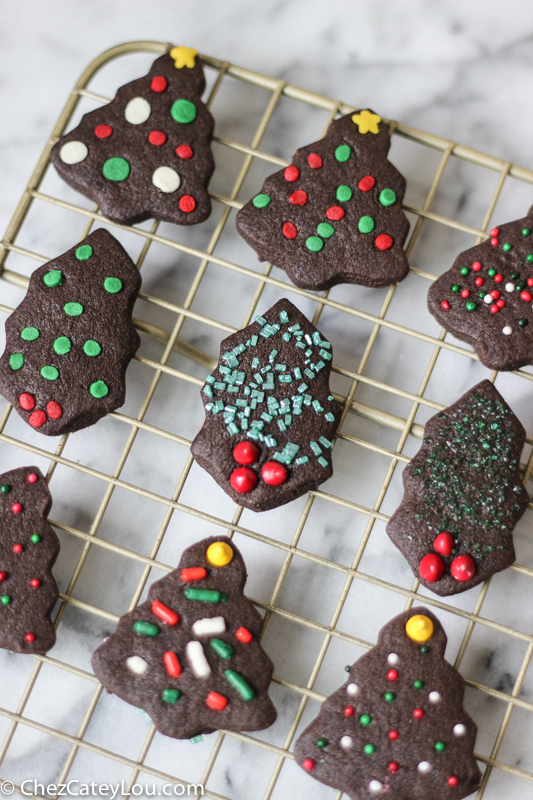 Chocolate Shortbread Cookies, my favorite Christmas cookie | ChezCateyLou.com