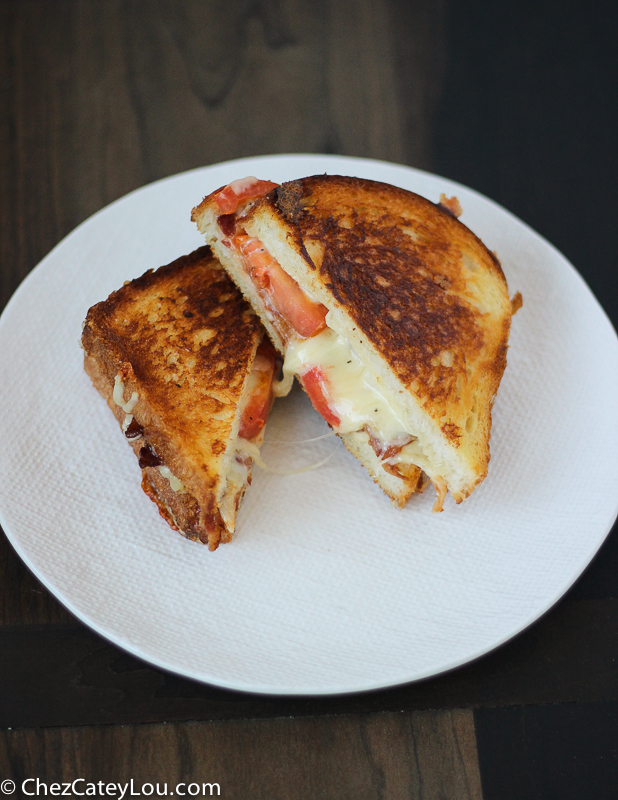 The Ultimate Grilled Cheese with Tomato and Bacon | ChezCateyLou.com