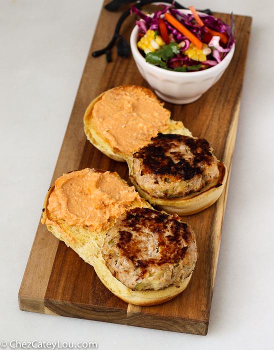 Buffalo Chicken Cheeseburgers | ChezCateyLou.com