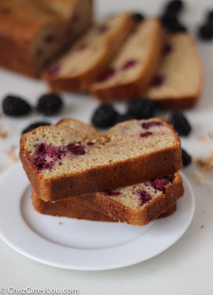 Blackberry Coconut Yogurt Bread | chezcateylou.com