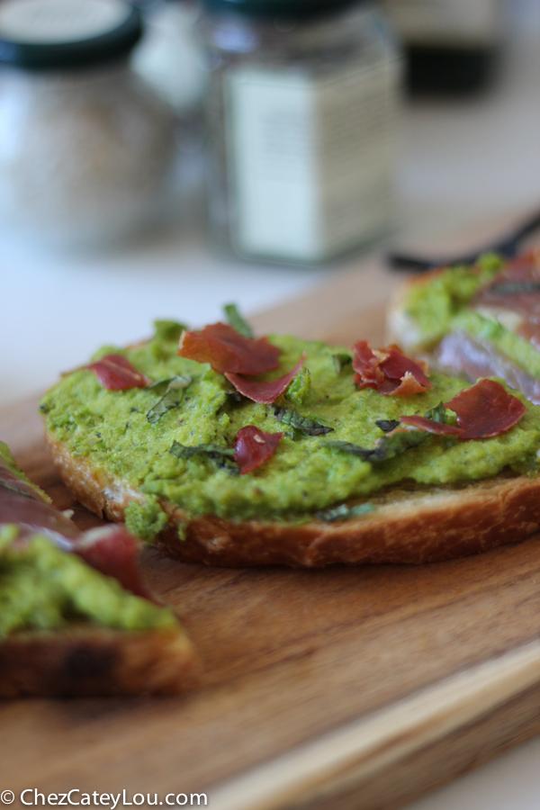 minty-pea-prosciutto-toast-4