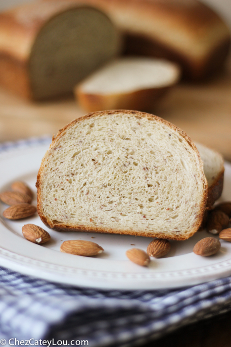 Almond Flour Bread | chezcateylou.com