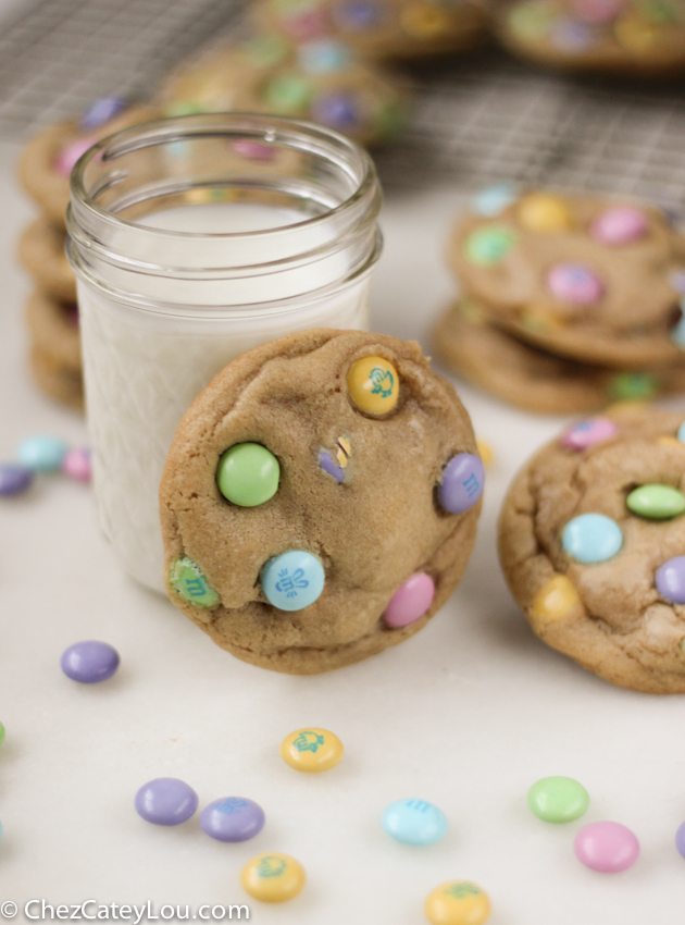M&M Easter Cookies | chezcateylou.com