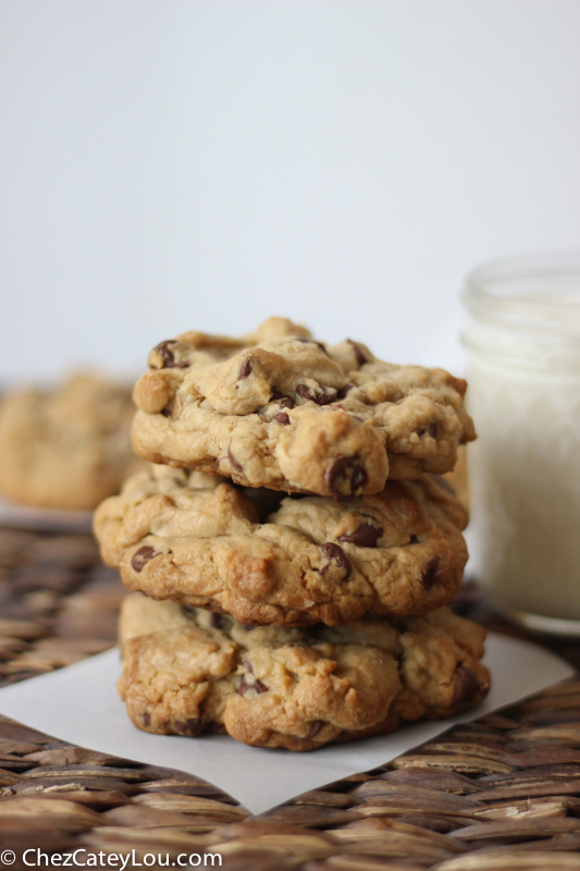 Levain Bakery Chocolate Chip Cookies