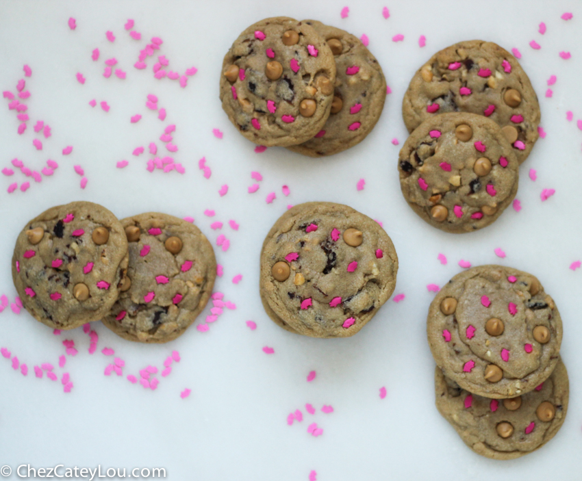 Peanut Butter Bacon Cookies | chezcateylou.com