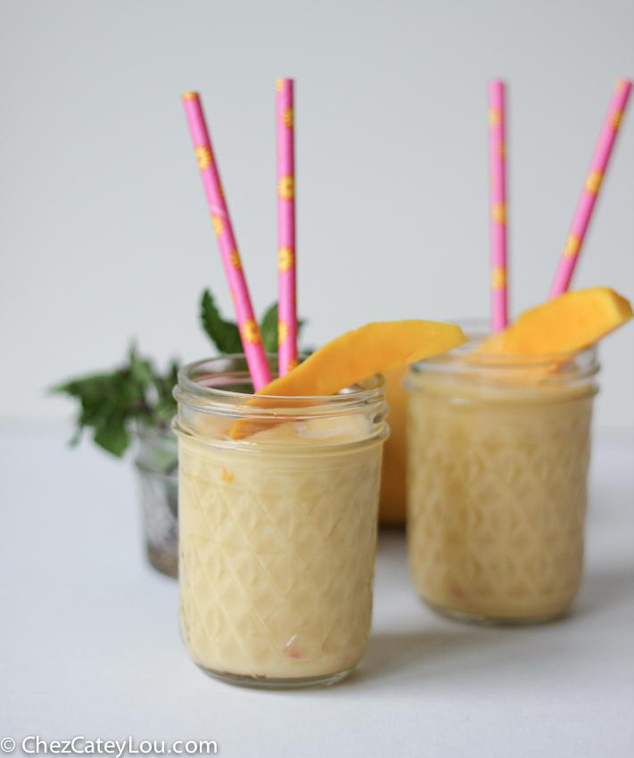 Mango Smoothie made with Greek Yogurt   chezcateylou.com