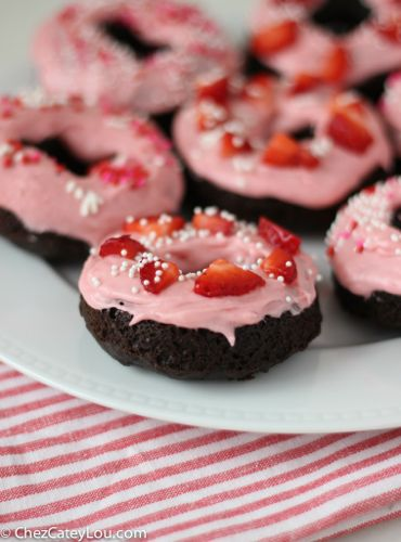 Chocolate Donuts with Strawberry Cream Cheese Frosting | chezcateylou.com