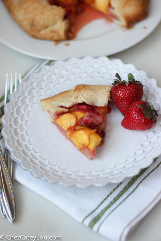 Rustic Strawberry Peach Tart | chezcateylou.com #recipe