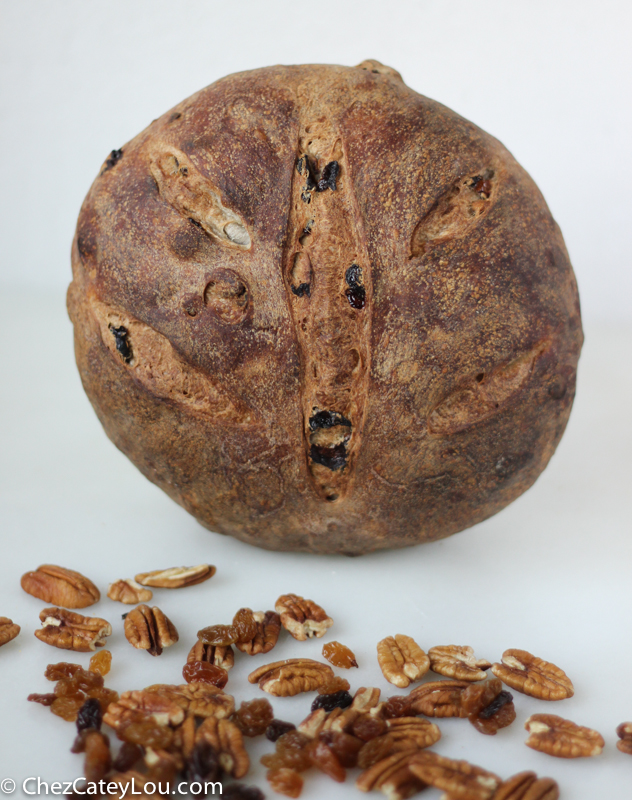 Golden Raisin Pecan Bread   chezcateylou.com
