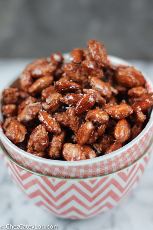 Burnt Sugar Almonds - perfect for a Food Gift this holiday season! | ChezCateyLou.com