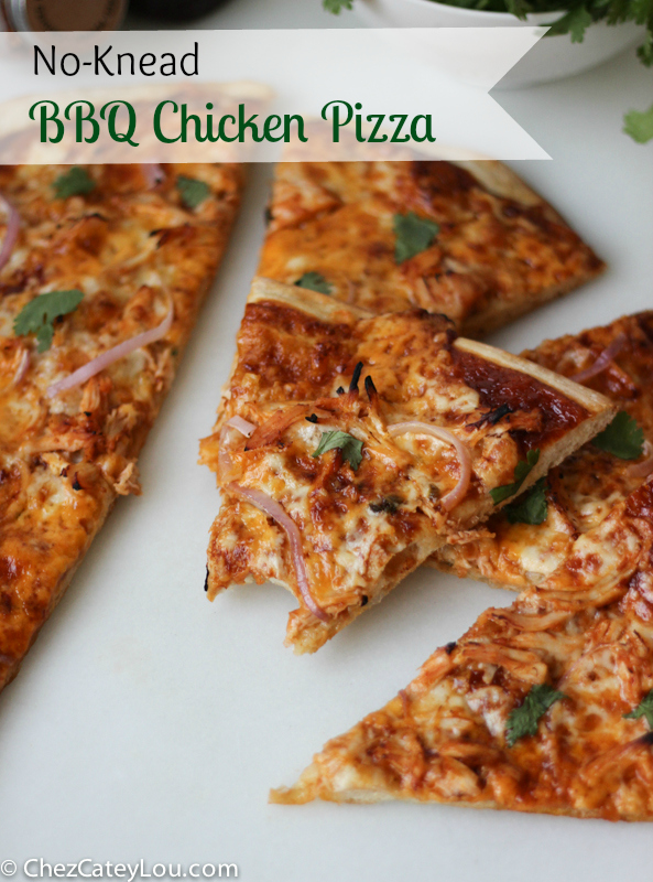 No-Knead BBQ Chicken Pizza | ChezCateyLou.com #pizza