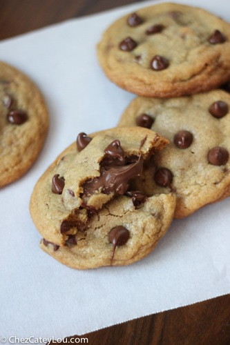 Nutella Stuffed Chocolate Chip Cookies | ChezCateyLou.com