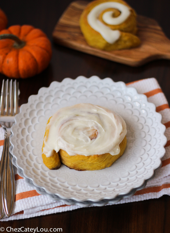 Pumpkin Cinnamon Rolls with Cream Cheese Frosting |ChezCateyLou.com #PumpkinWeek