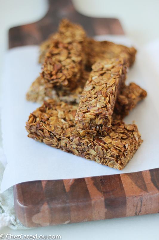 Toasted Almond Granola Bars   ChezCateyLou.com