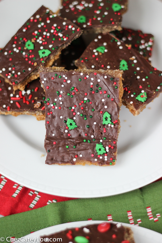 Graham Cracker Toffee aka Christmas Crack | ChezCateyLou.com