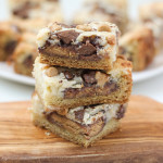 Peanut Butter Cup Cheesecake Bars | ChezCateyLou.com
