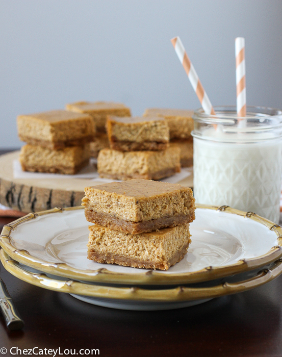 Pumpkin Cheesecake Bars with a Golden Oreo Crust