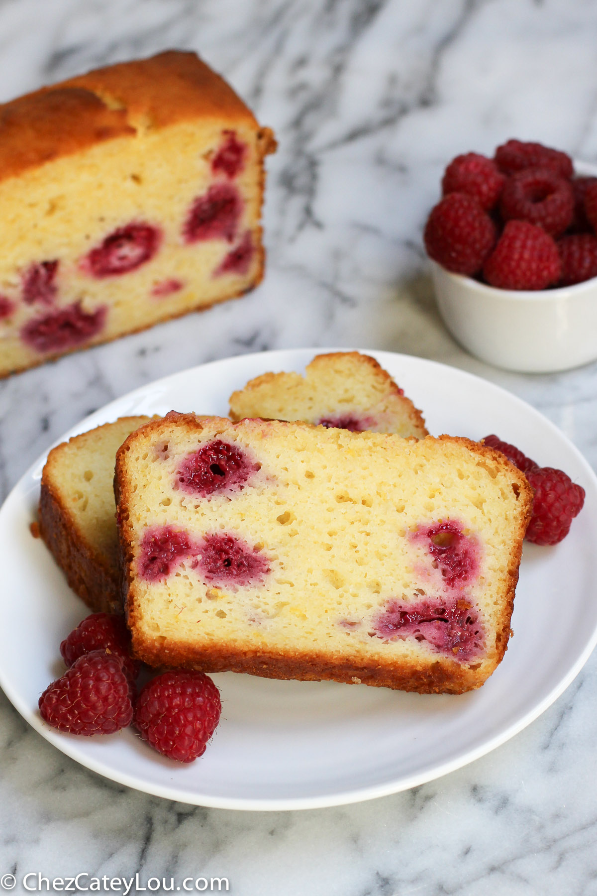 Lemon Raspberry Yogurt Cake | ChezCateyLou.com